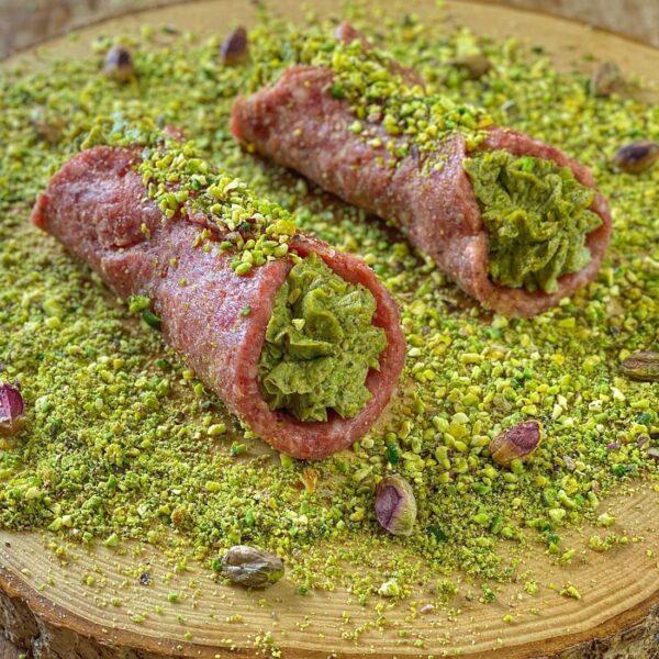 Cannolo-tritato-scottona-pistacchio-phladelphia-Salice Group